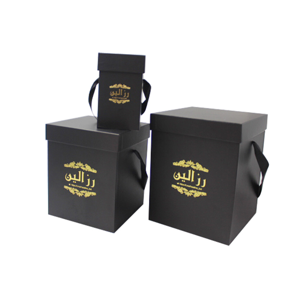 Standard sizes of black square paper flower gift boxes