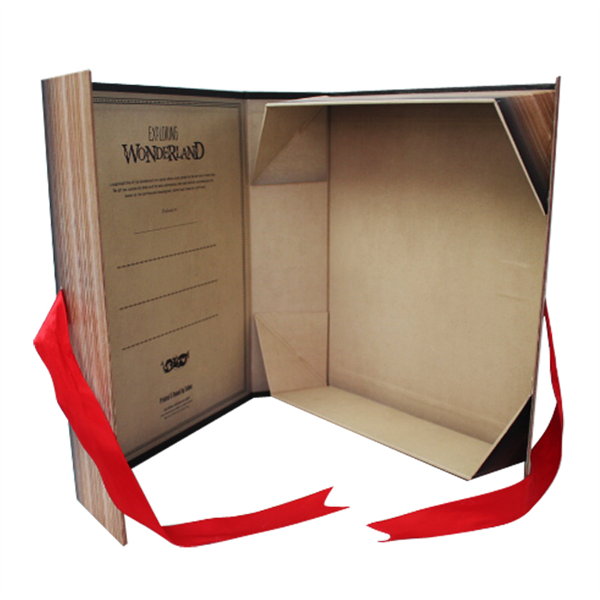 Personalized paper foldable gift box with ribbon closure