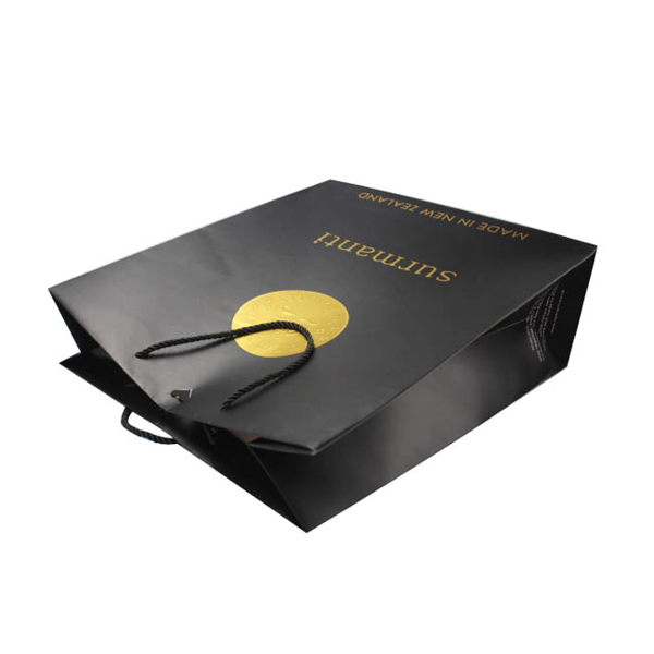 Gold foil logo paper gift bag for cosmetics packaging