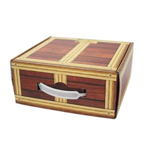 curruagted mailing box with handle
