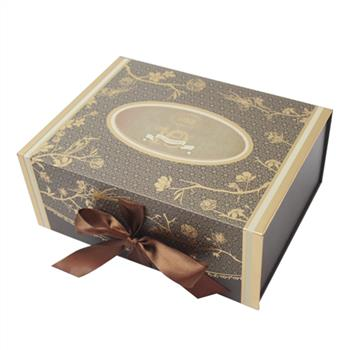 custom gift box manufacturer