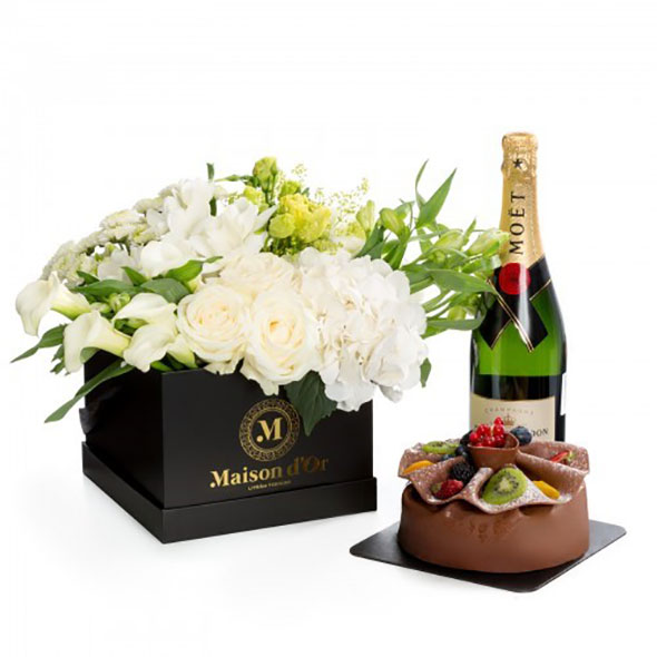 Give your fresh flowers a warm home with luxury custom printing boxes 04