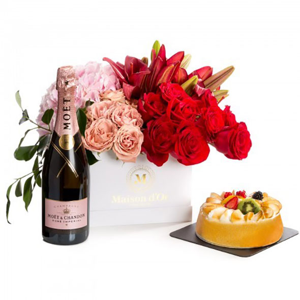 Give your fresh flowers a warm home with luxury custom printing boxes 05