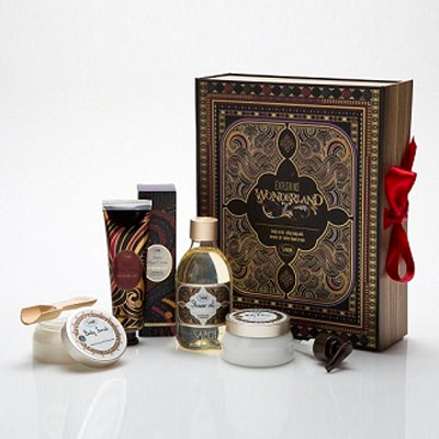 We make cosmetic gift boxes for Yves Rocher group