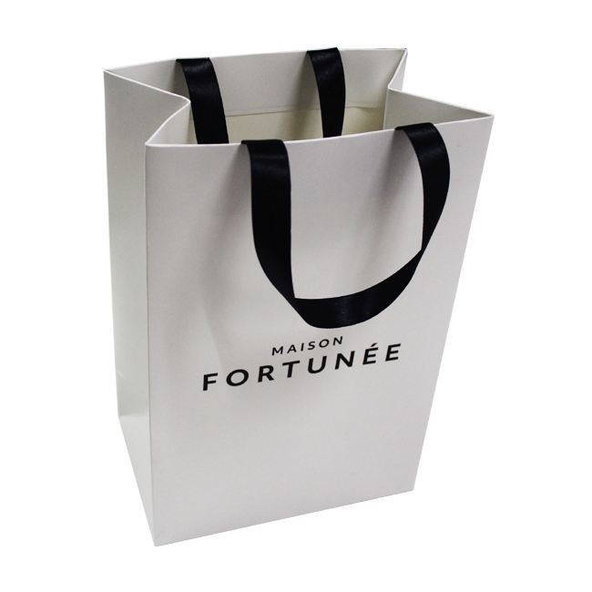 White Color Paper Bag With Ribbon Handle And Custom Logo