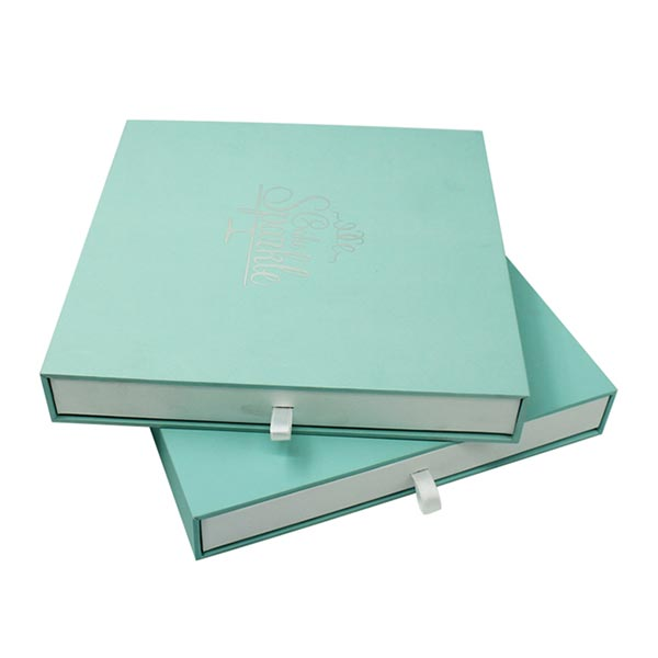 Soft Touch Paper Sliding Boxes with Silver Logo 02